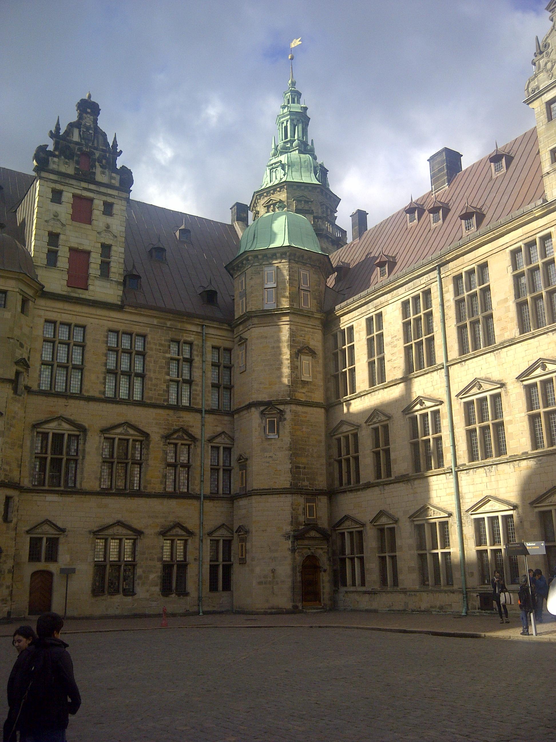 escort-side gammel estrup castle