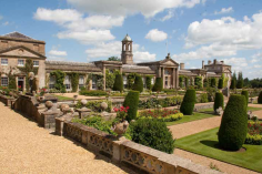 Bowood House and Italianate terraces VisitEngland/Bowood House